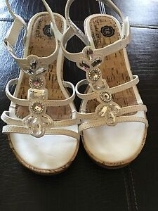 Girls Sandals By Total Girl Size 4