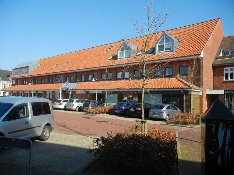 6740 2 lejlighed, 94, Nørregade