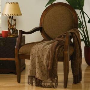 Exotic-Safari-Theme-Giraffe-Print-with-Fringe-Decorative-Throw-Blanket
