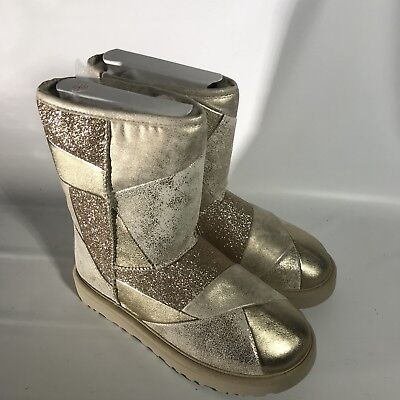 29684e9a781 UGG Classic Glitter Patchwork Suede Fur Gold Sparkle Short Boots Size 7  Womens | eBay