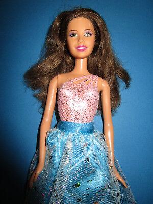 Unito B324-brune Barbie Mattel 1998 Angegossener Body + Türkiser Rock + Balletto-scarpe-chuhe It-it Mostra Il Titolo Originale