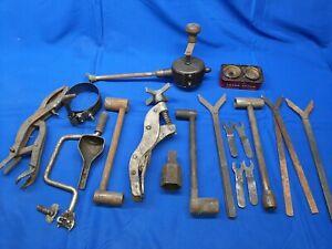 Lot-Of-Vintage-Engine-Hand-Tools-Valve-Spring-Compressor-Grinder-Carborundum-Tin