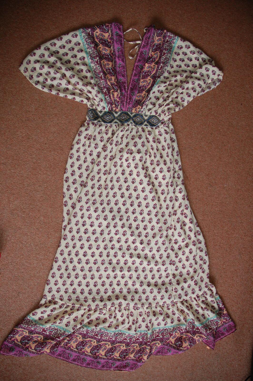 NOUVEAU 10 Anmoi Angel Sleeve Maxi Dress Beach Cover Up Perles Ceinture Avant Cool