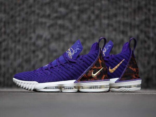 20441d0aac73 AO2588 Nike Nike Nike Lebron 16 XVI King Court Purple Los Angeles Lakers  Size 14.