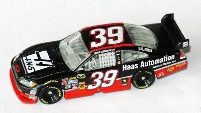 #39 Chevy Nascar 2010 * Haas Automation * Ryan Newman - 1:64 Action-mostra Il Titolo Originale Sentirsi A Proprio Agio