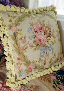 1-3-039-Beautiful-Decorative-Needlepoint-Pillow-French-Country-Victorian-Chic-Shabby