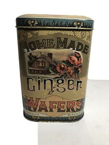 Vintage-Homemade-Ginger-Wafers-Famous-Biscuit-Co-Gold-Metal-Tin-England-EUC