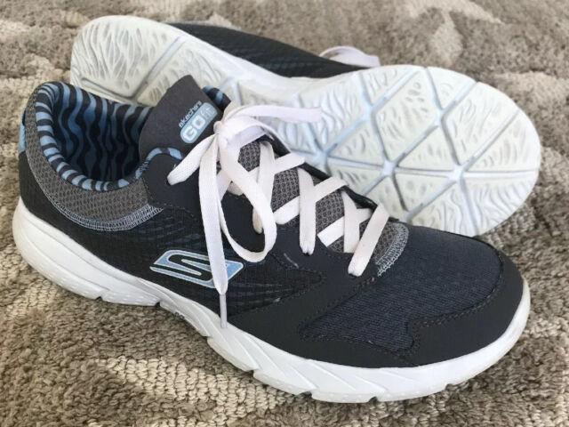 lightweight training shoes womens