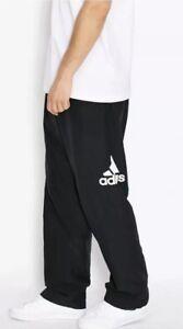 c206e78931f sport noir de de Size avec Pantalon logo survêtement Adidas Xs Bnwt noir  pour hommes Essentials 8nkX0wOP