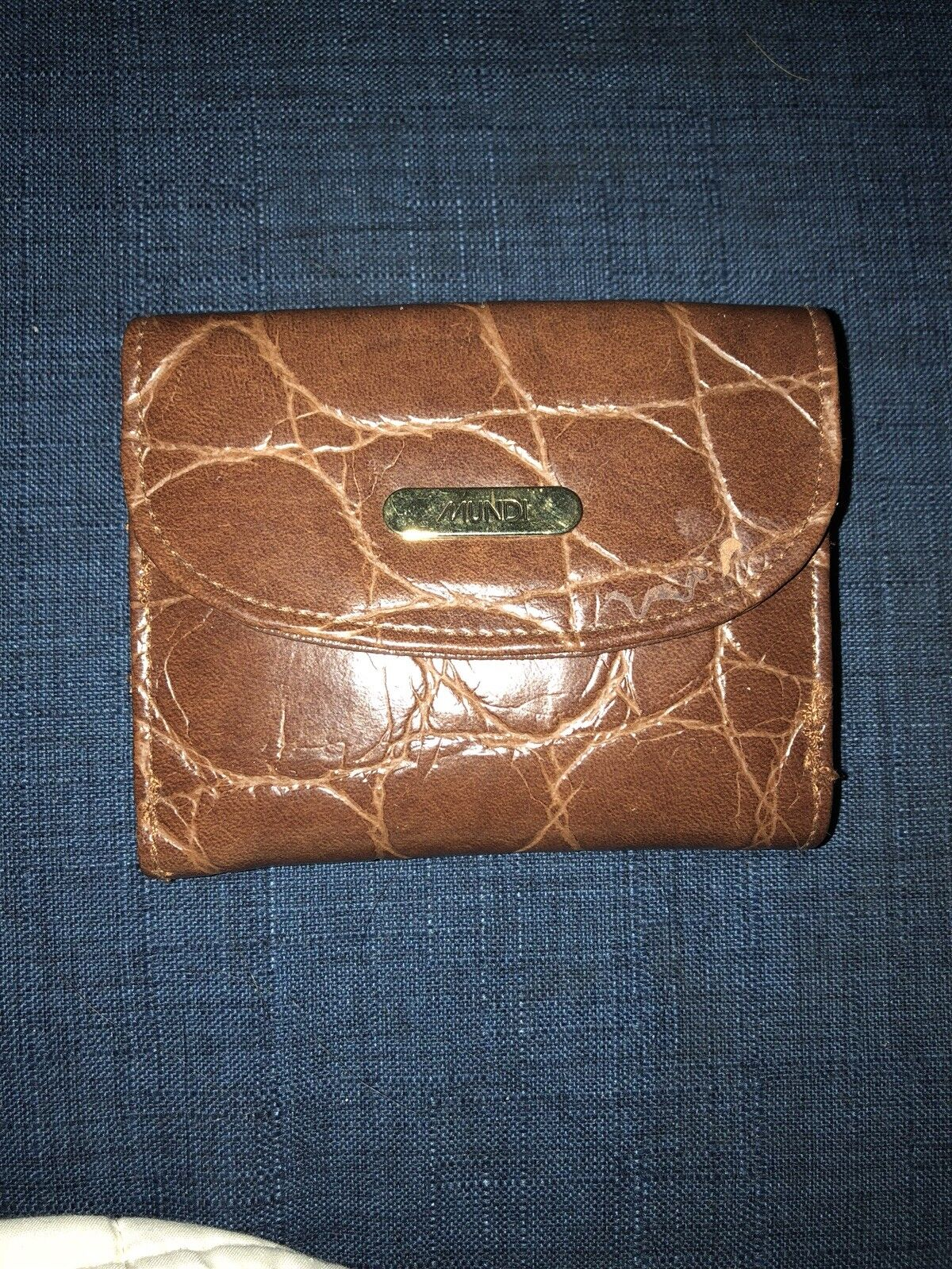 MUNDI Brown Wallet faux leather crocodile new without tags nwob