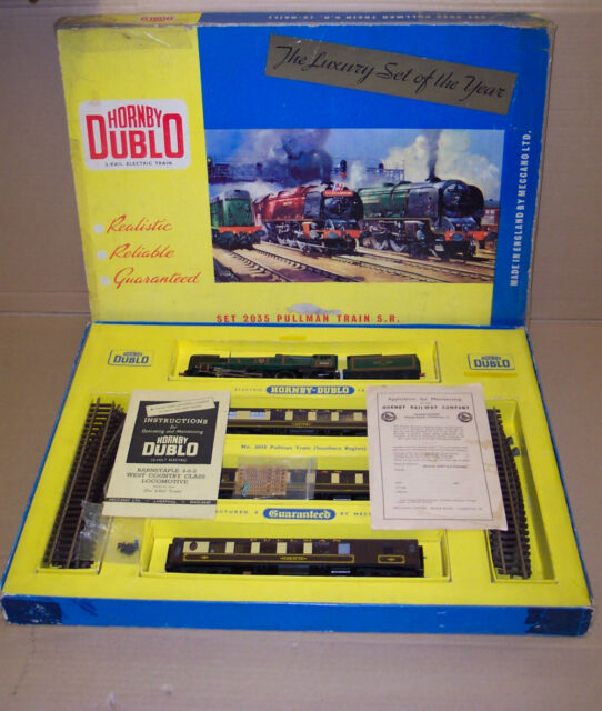 HORNBY DUBLO 2 RAIL BOXED SET 2035 PULLMAN TRAIN S.R. THE 'BOURNMOUTH BELLE'