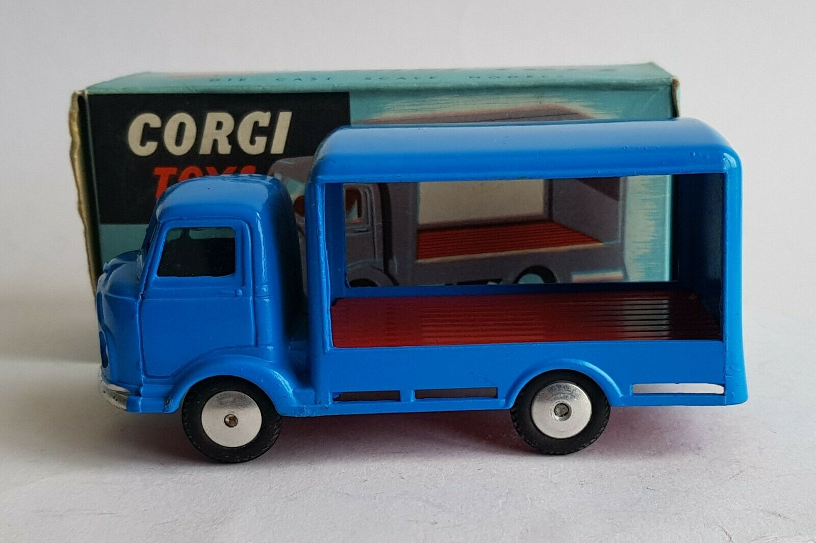 Corgi Toys No. 455, Karrier 'Bantam' Two Tonner, - Very Near Mint Condition.