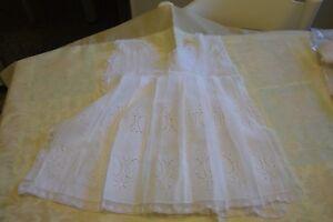Caricamento dell immagine in corso Vestitino-neonato-bisso-bianco-pizzo-vero -Vintage-8- aa9006e034c3