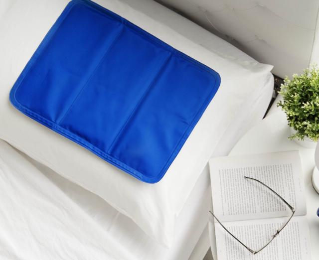 Cooling Gel Pillow Mat Sleep Cooler Mat Cool Pet Bed Sofa Pain Muscle Relief
