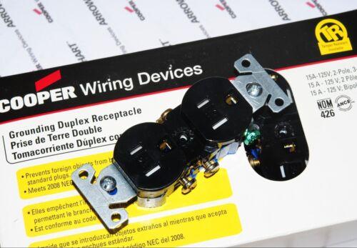 1pcs-COOPER TR270BK 15A 125V Tamper Resistant Duplex Receptacl NEMA 5-15R