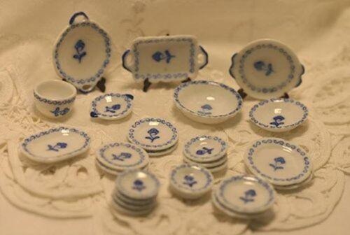 Dollhouse Miniature *SALE* Blue Floral 24 pc Plate Set in Porcelain
