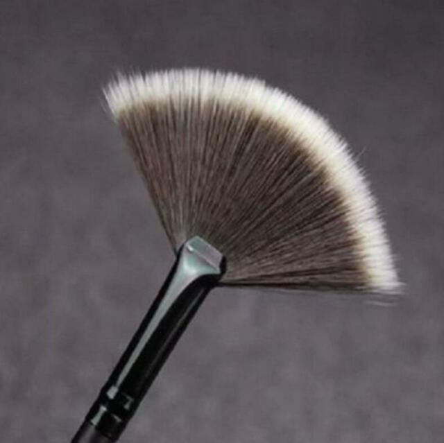 Professional Blending Highlighter Contour Face Fan Brush Makeup Tools  JR