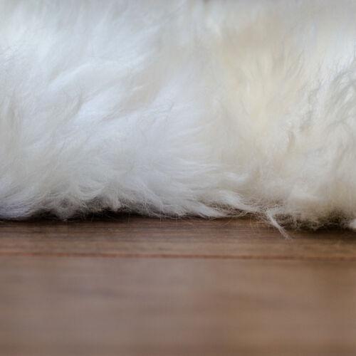 Véritable Colombie sheepskin XXXL énorme 130-135 cm//75-80 cm Crème//Blanc Fourrure Tapis