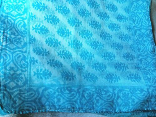 """INDIAN  HANDMADE 100/% PURE SILK TURQUOISE PATTERNED LONG SCARF 10/""""x 70/"""" NWT"""