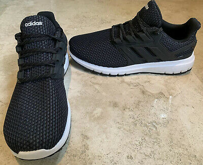 Adidas mens cloudfoam running shoe