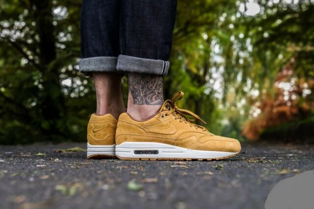 Nike Air Max 1 Premium Mens 875844 701 Wheat Suede Gum Running Shoes Size 12