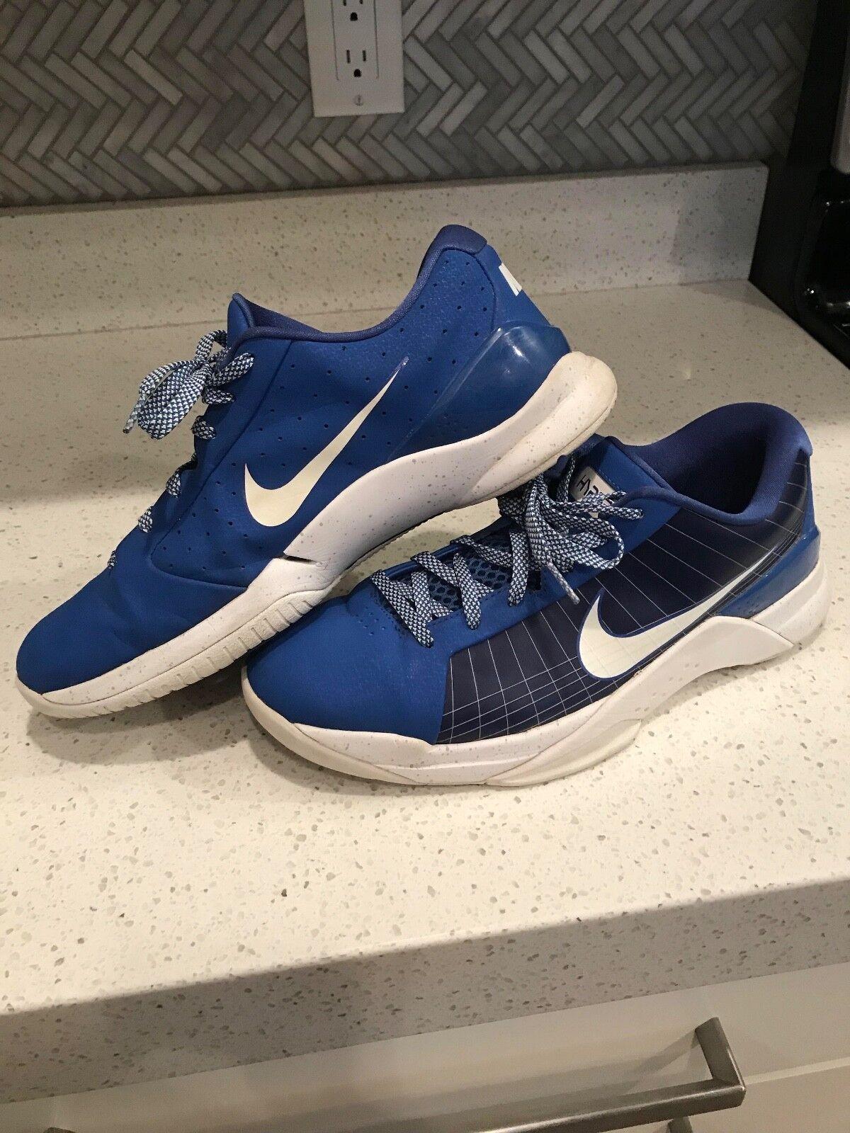 Mens Nike Hyperdunk Low Basketball Shoe Comfortable