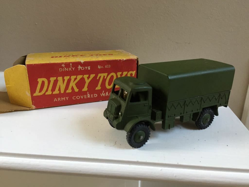 VINTAGE DINKY TOYS ARMY COVERED WAGON 623