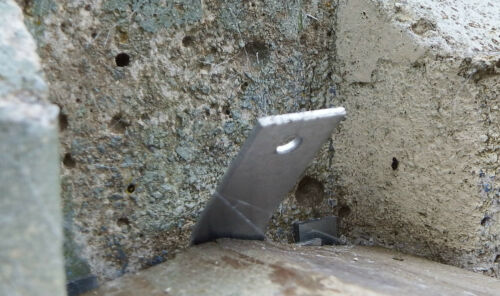 10 x Anti Rattling Clips with Enhanced Security for concrete posts /& Fence Panel