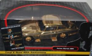 Aston Martin Db5 plaqué or James Bond 40e anniversaire de Goldfinger