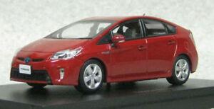 Ebbro-45152-Toyota-Prius-Rojo-Metalico-Mica-escala-1-43