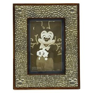 New-Disney-Parks-Bronze-Hammered-Metal-Mickey-Mouse-Wooden-4-x-6-Photo-Frame