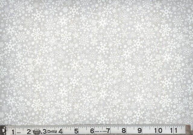 CHRISTMAS SNOWFLAKES ALLOVER WHITE ON TINT 6 YARDS