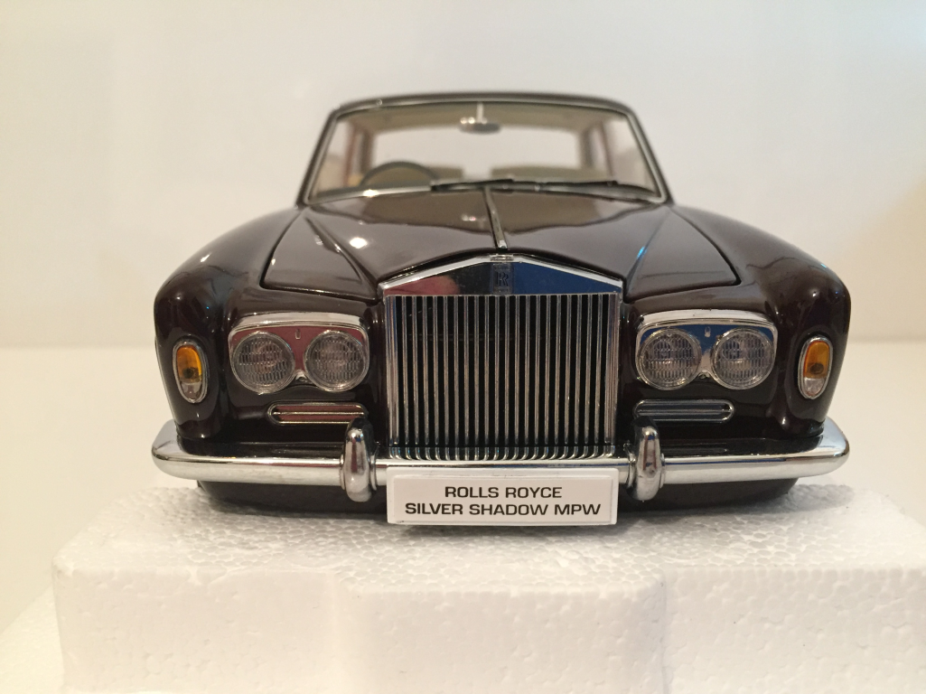 Paragon 98204 ROLLS ROYCE SILVER SHADOW SHADOW SHADOW MPW RHD 2DR coupé bordeaux échelle 1:18 | Outlet Online Store