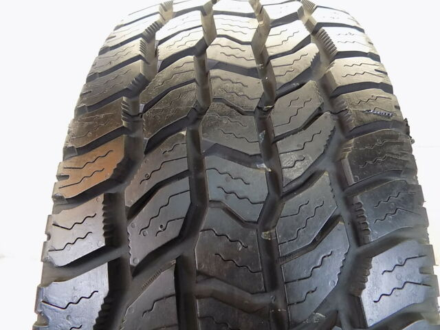 P265/60R18 Cooper Discoverer A/T 3 OWL Used 265 60 18 110 T 11/32nds