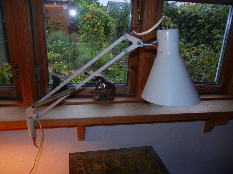 Arkitektlampe, RETRO - LUXO L 9