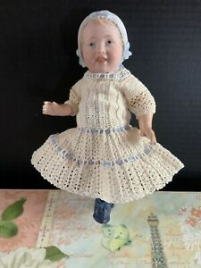 9-034-Antique-German-Bisque-Head-Bonnet-Baby-Doll-Rare-Beautiful