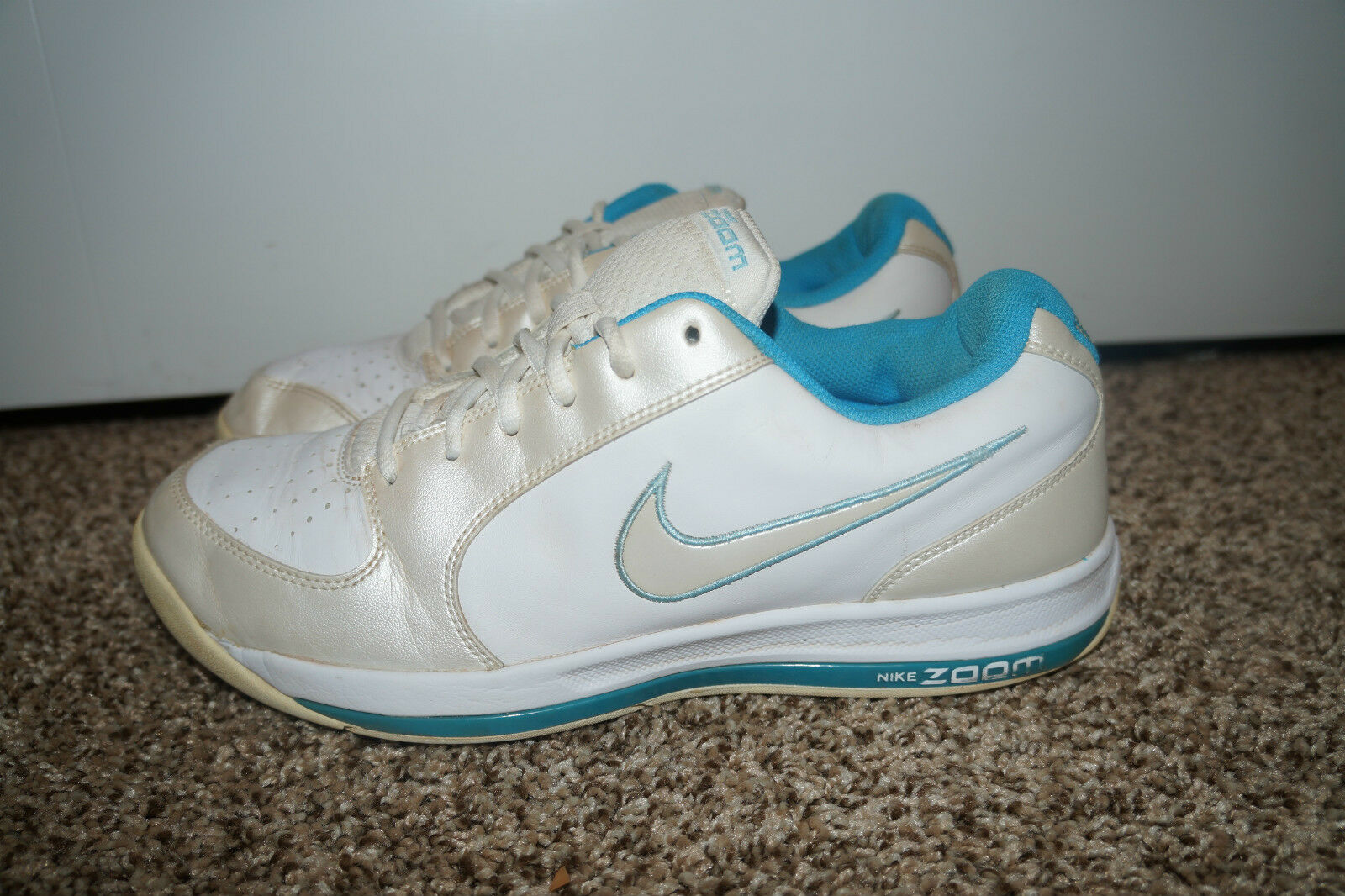 NIKE Zoom Womens White Shoes Sneakers Blue Size 9.5 LADIES NDR Running Walking @