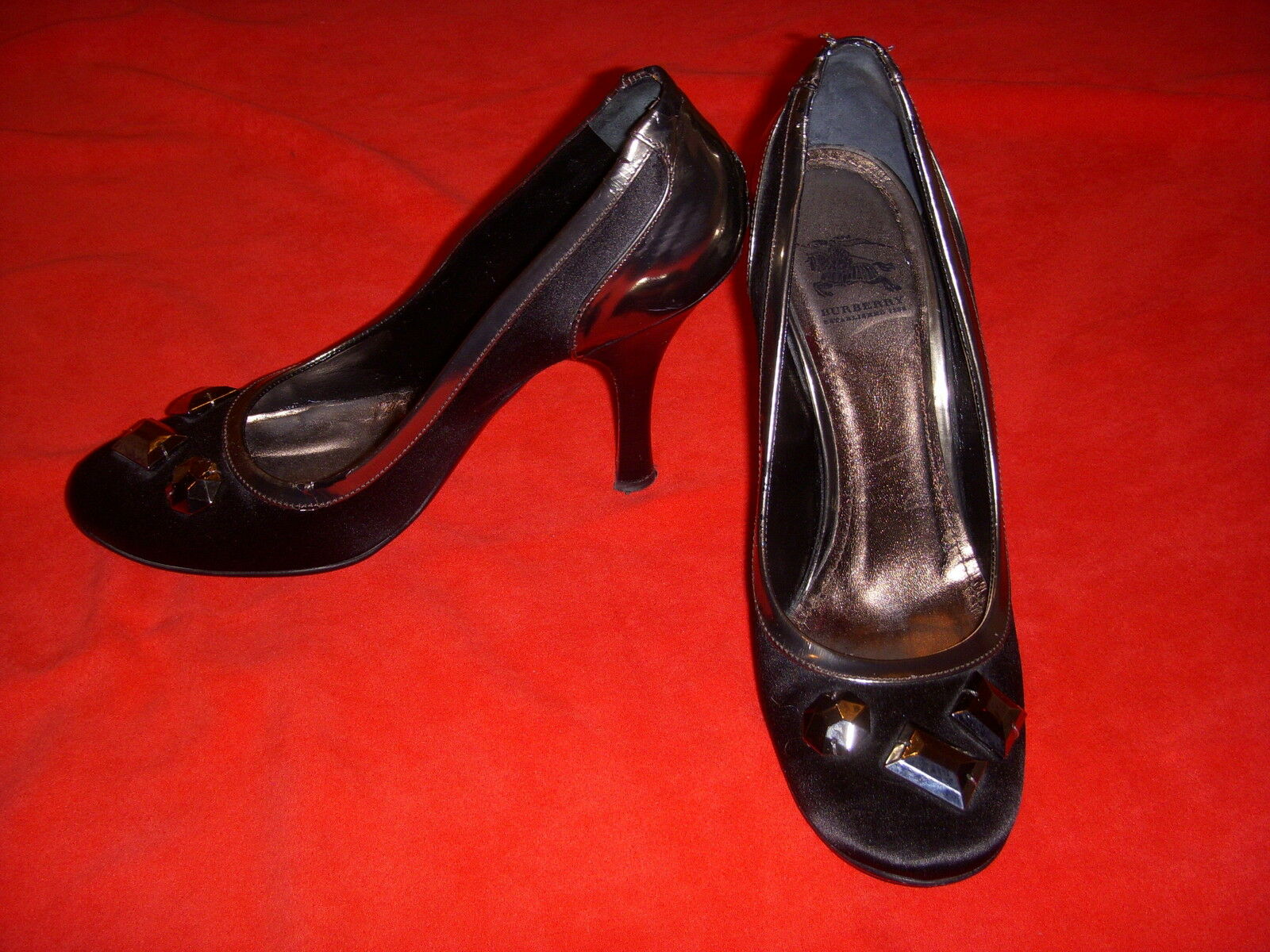 BURBERRY Jeweled Black Satin & Gunmetal Leather shoes Pumps Heels