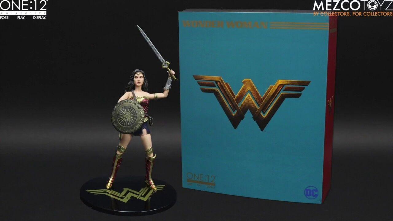 ONE 12 Batuomo Superuomo Justice League WONDER donna  azione cifra Mezco 1 12  vendita outlet online