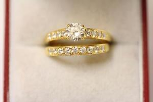22ct916 sparkling indian gold size L engagementwedding ring set