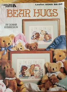 Leisure-Arts-Counted-Cross-Stitch-Leaflet-BEAR-HUGS-Teddy-Bears