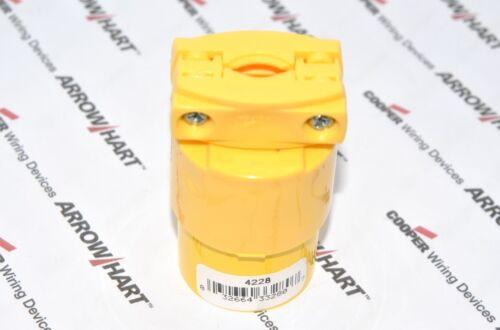1pcs-COOPER 4228 20A 125V Commercial Grade Thermoplastic Vinyl Connector