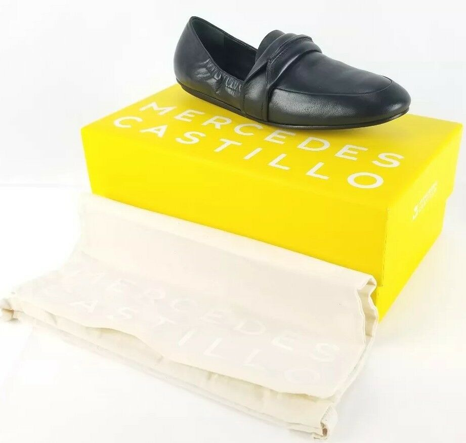 298 Mercedes Castillo Womens 7.5 Solid Black Leather Erin Loafers Flat shoes