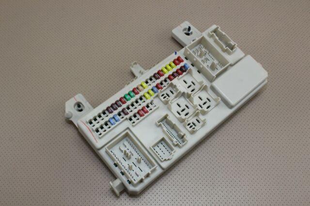 04-09 08 MAZDA 3 INTERIOR BODY CONTROL MODULE BCM FUSE BOX JUNCTION BN8B 66730 F