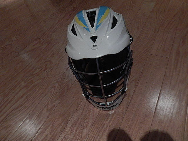 PRE-OWNED CASCADE  LACROSSE HELMET WITH DECALS NICE INTERNATIONAL SALE