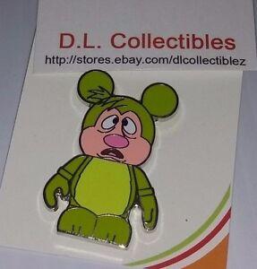 Disney-Alice-in-Wonderland-Vinylmation-Green-Hedgehog-Pin