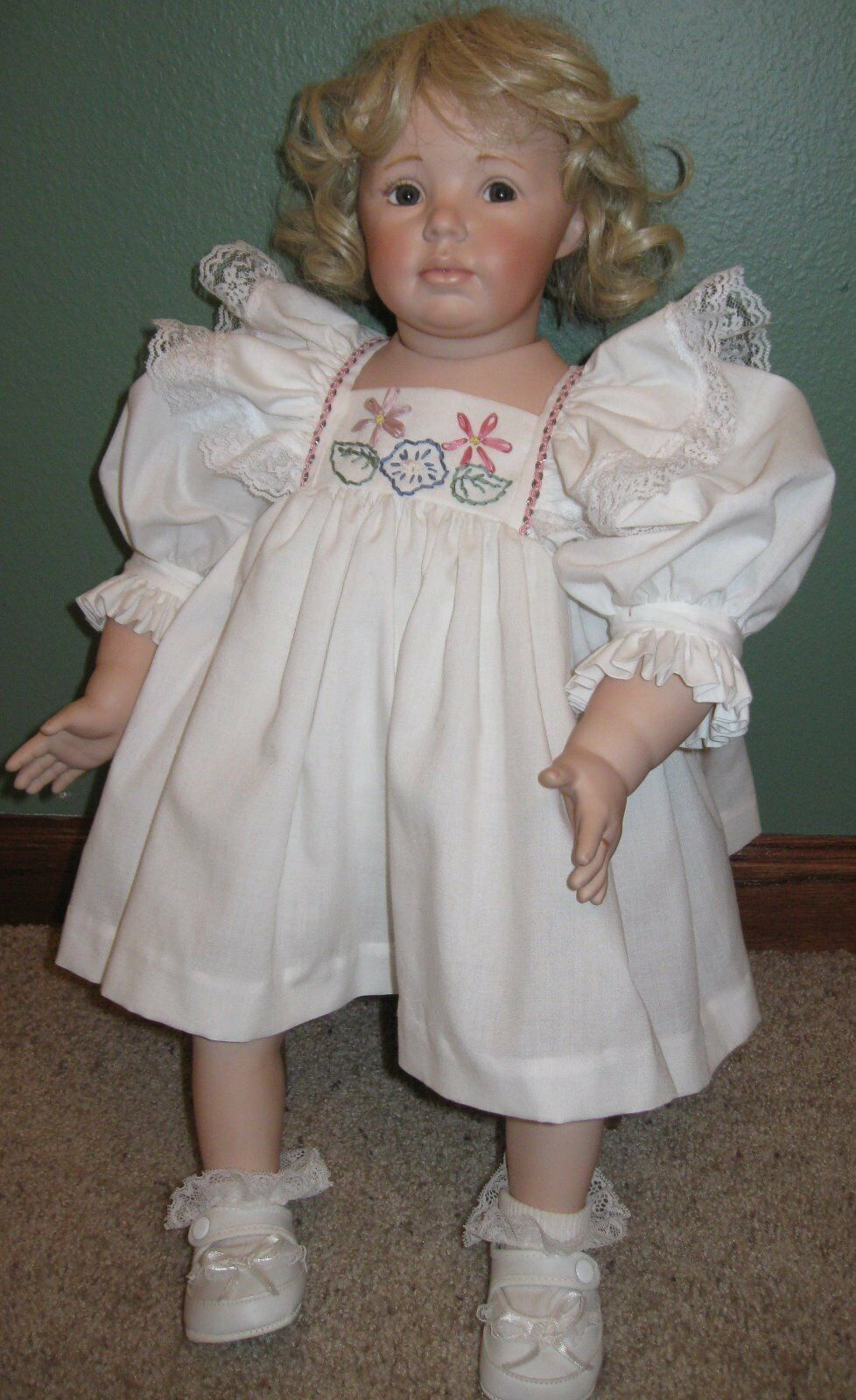 22    Ellie hefatto porcelain bambola 9258ce