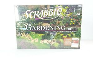 Gardening-Edition-SCRABBLE-New-2011-8-Boys-amp-Girls-and-USAopoly