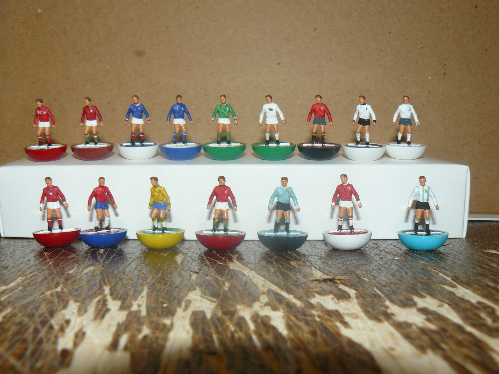 1966 Copa Del Mundo SUBBUTEO TOP SPIN Equipos