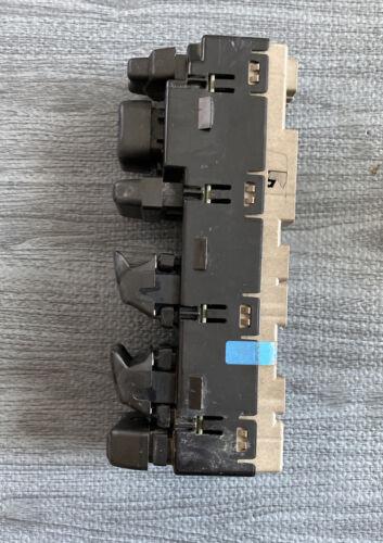 03-06 GM YUKON TAHOE Master Driver Power Window Switch